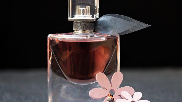 Nos conseils pour trouver son parfum moins cher !